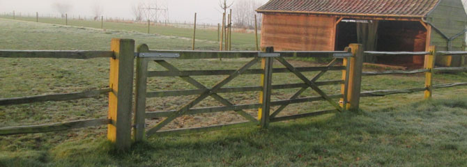 English wooden gates
